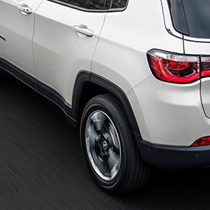 170307_Jeep_All-new-Jeep-Compass_06-1.jpg