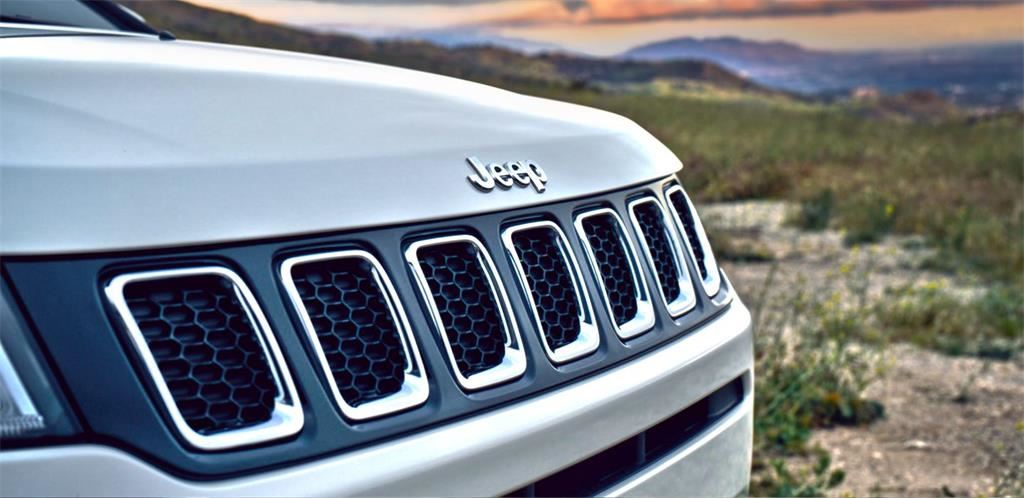 2018-Jeep-Compass-VLP-Gallery-Exterior-10.jpg.image.1440.jpg